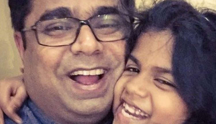 Selfies of Smiling Fathers With Daughters