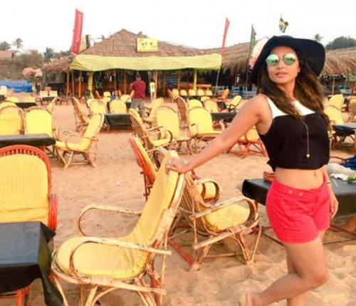 Hina Khan Enjoying in Spain – Khatron Ke Khiladi Season 8