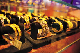 GOLD'S BIGGEST BUYERS IN INDIA -HUNGER FOR GOLD!!
