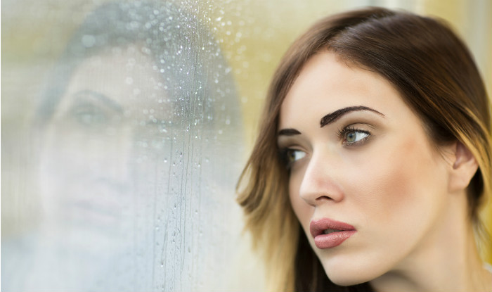 Monsoon makeup tips – prevent your makeup from getting washed away in the rains