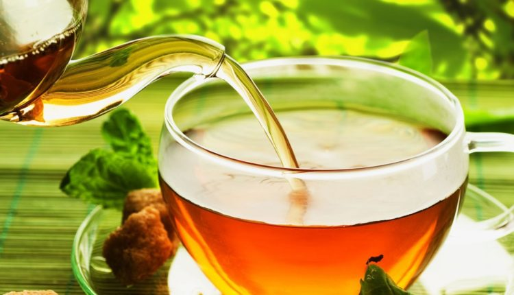 Amazing beauty advantages of green tea for hair and skin