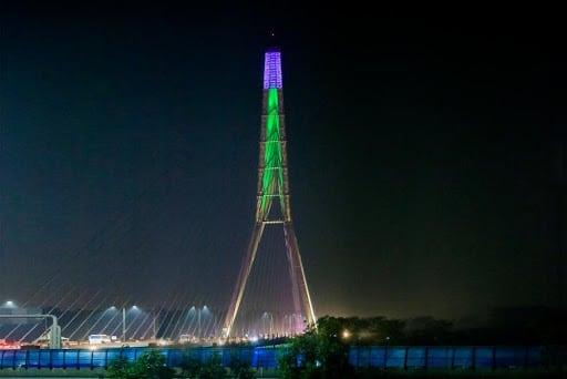 """Delhi's Eiffel Tower """"Signature Bridge"""" !!"""